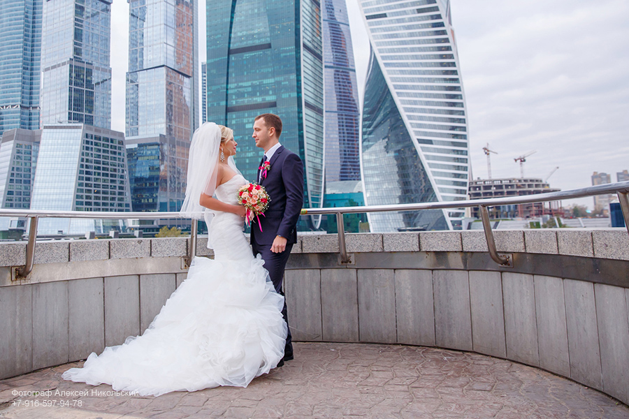 свадебная фотосъемка на мосту багратион