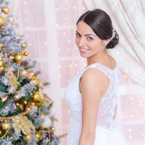 Свадебная студийная фотосъемка зимой, светлая