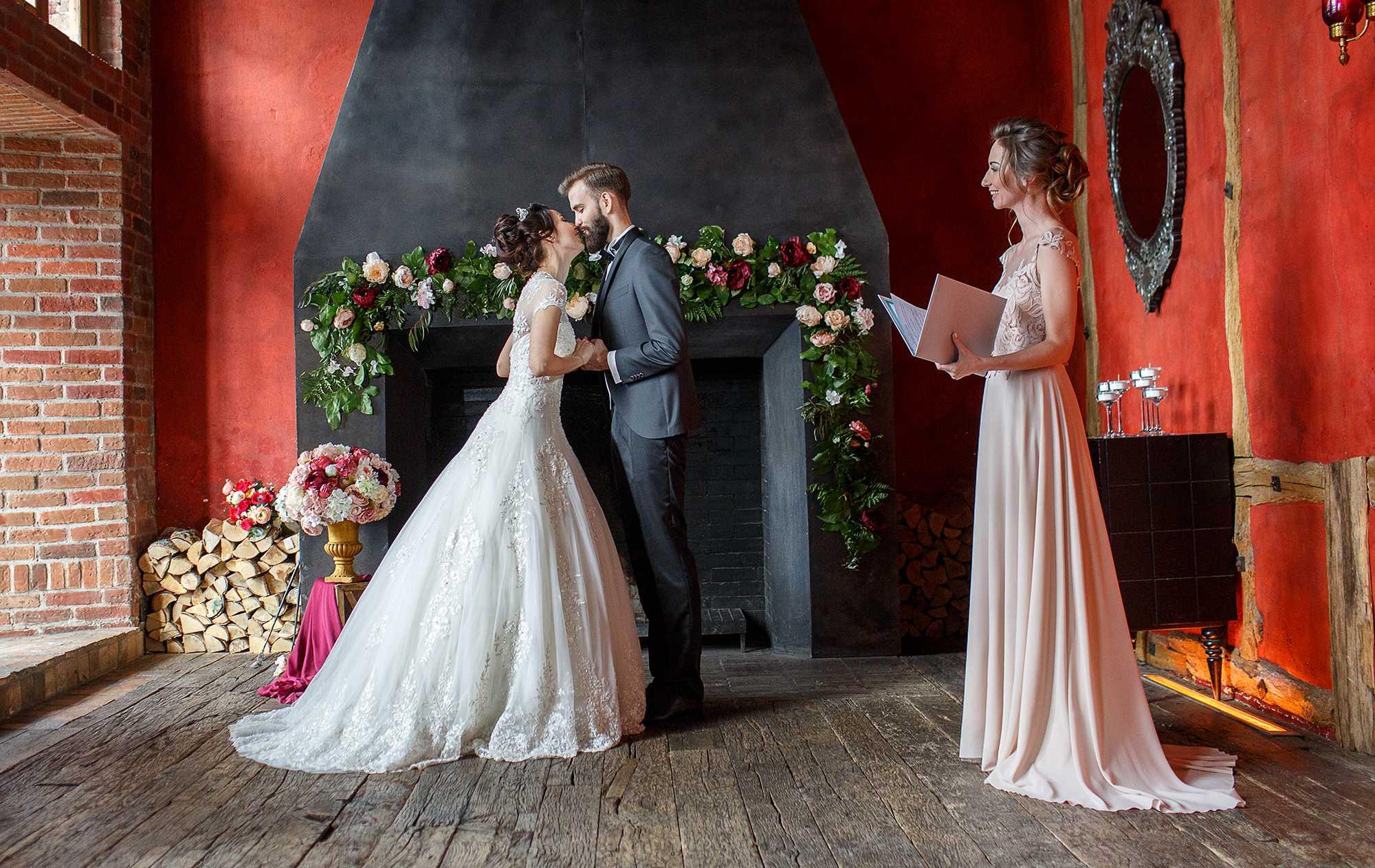 Будем готовиться к свадьбе?