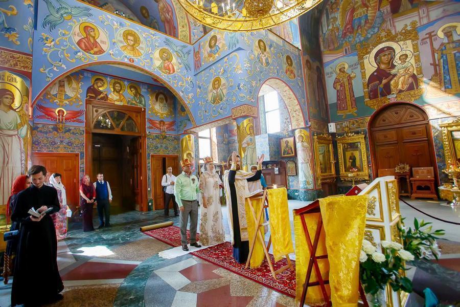 Венчание в храме Храме преподобной Евфросинии Московской в Котловке