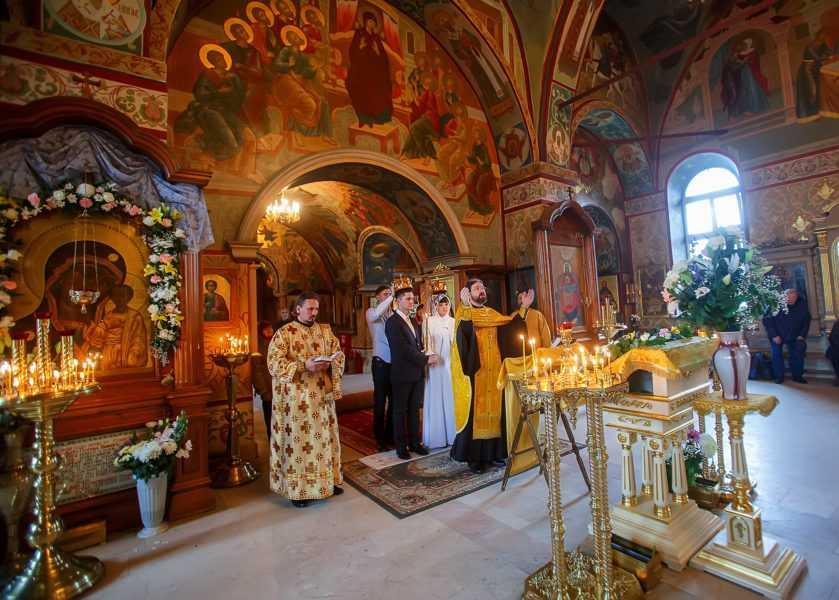 Венчание в храме Рождества пресвятой Богородицы в Крылатском