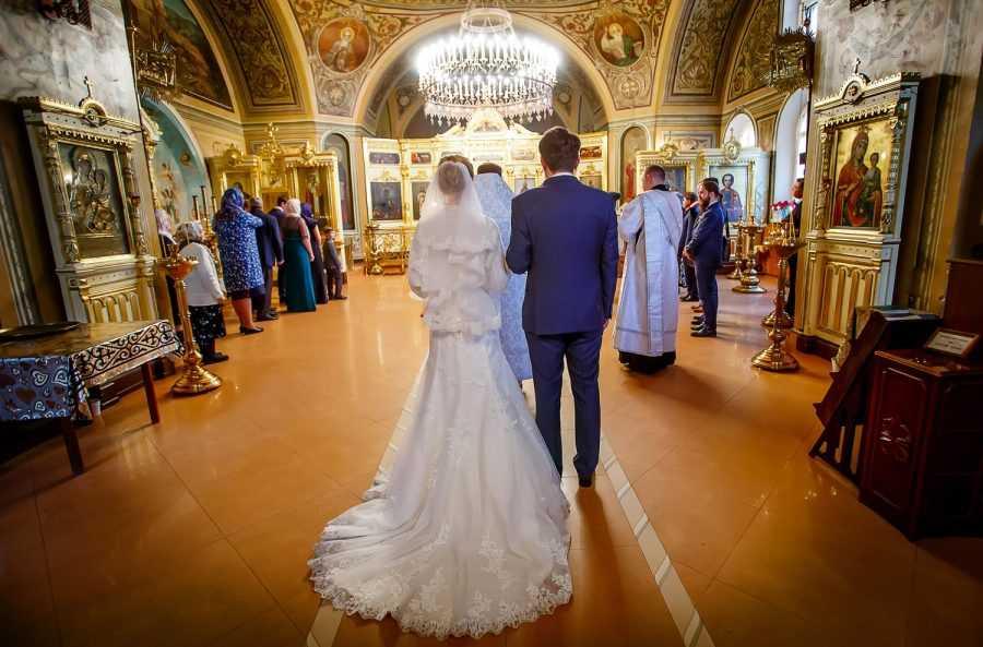 Венчание в церкви мученика Федора Стратилата Чистых прудах Москв