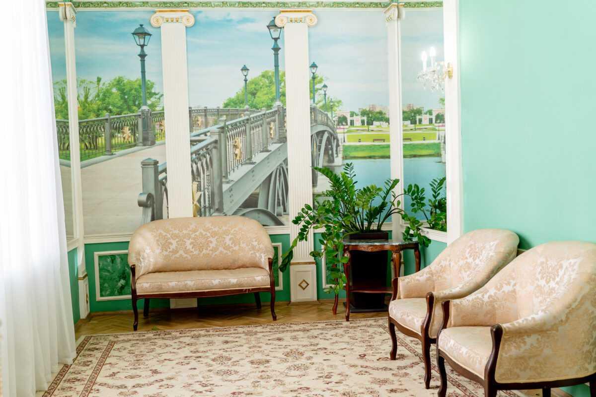 зелная гостинная Грибоедвского дворца бракосочетания